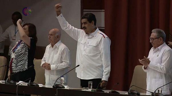 Pugni chiusi e discorsi anti-imperialisti, feeling Maduro-Canel