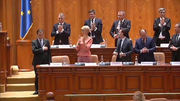 Rumänien hat eine neue bürgerliche Minderheitsregierung