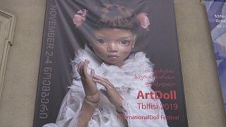 В Тбилиси представлены уникальные куклы