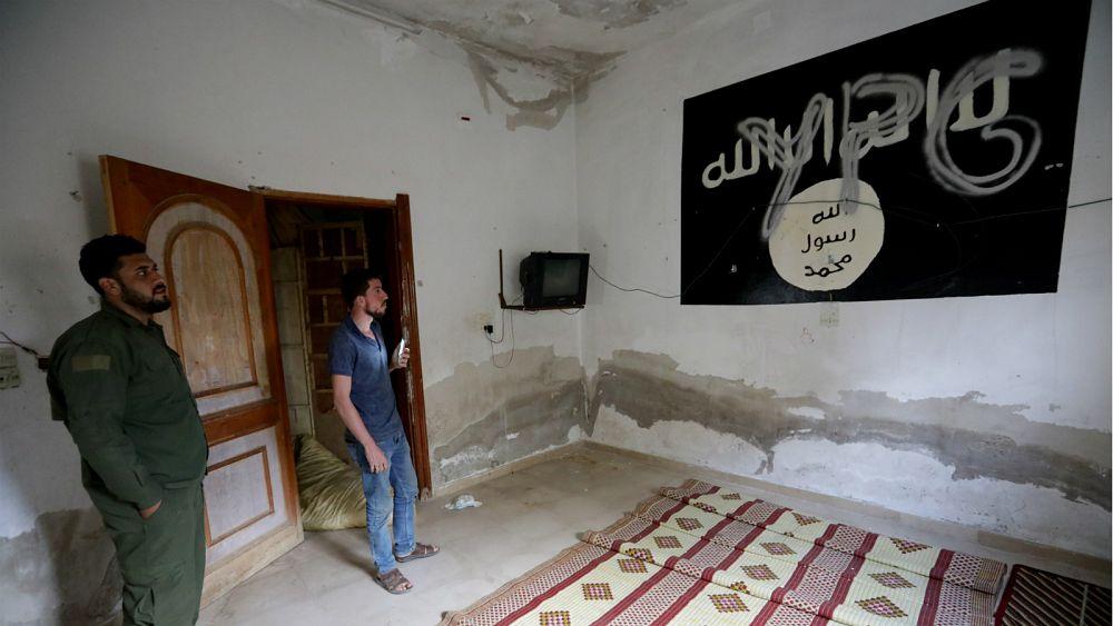 تنظيم داعش  المهزوم  يجد ملاذا آمنا جديدا ... فأين يقع؟    Euronews