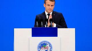"""Climat : en Chine, l'appel d'Emmanuel Macron à """"rehausser"""" les engagements d'émissions de CO2"""