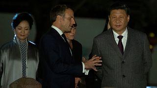 Макрон и Си защищают Парижское соглашение