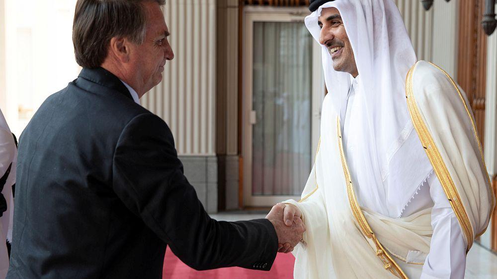 أمير قطر يؤكد تجاوزها آثار المقاطعة   Euronews