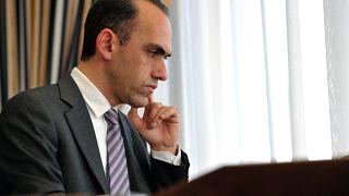 Kıbrıslı Rum Bakan: Yatırım karşılığı vatandaşlık verilmesi konusunda yanlışlıklar yaptık