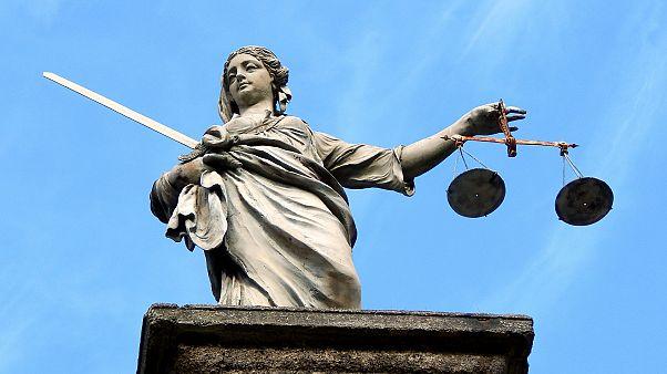 القضاء الأيرلندي يحكم على صبييْن بالسجن في جريمة قتل مراهقة هزّت البلاد