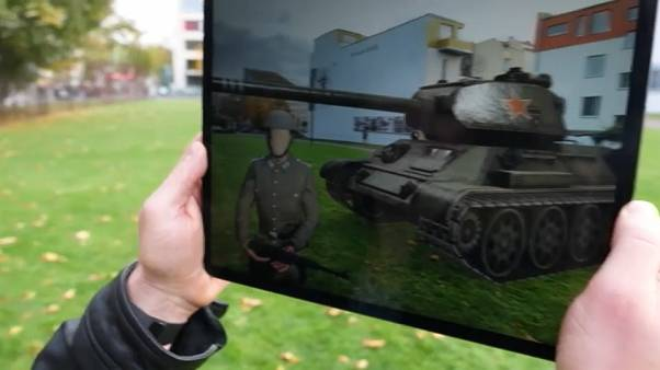 Il muro di Berlino? È finito sul tablet!