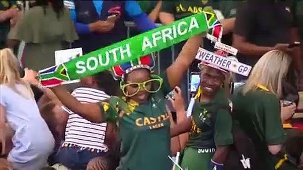 Dél-Afrika: hazatértek a rögbi-vb hősei