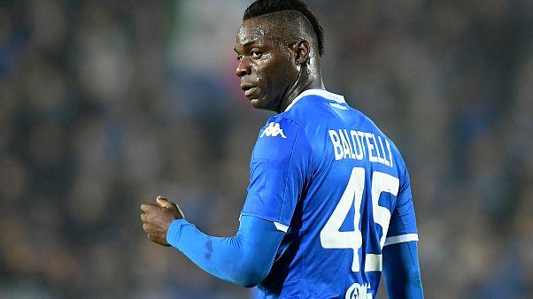 Balotelli'ye ırkçı tezahüratların ardından Verona'ya bir maçlık tribün kapatma cezası