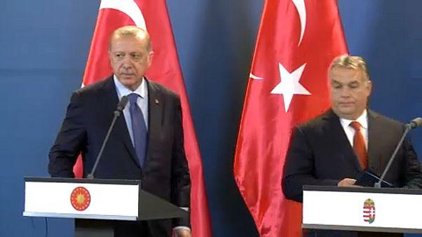 Erdogan accueilli par Orban à Budapest, une semaine après Poutine