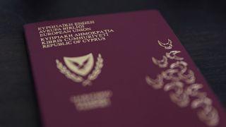 Kıbrıs'ta 'yatırım için vatandaşlık' krizi: Yabancılara verilen 26 pasaport iptal ediliyor