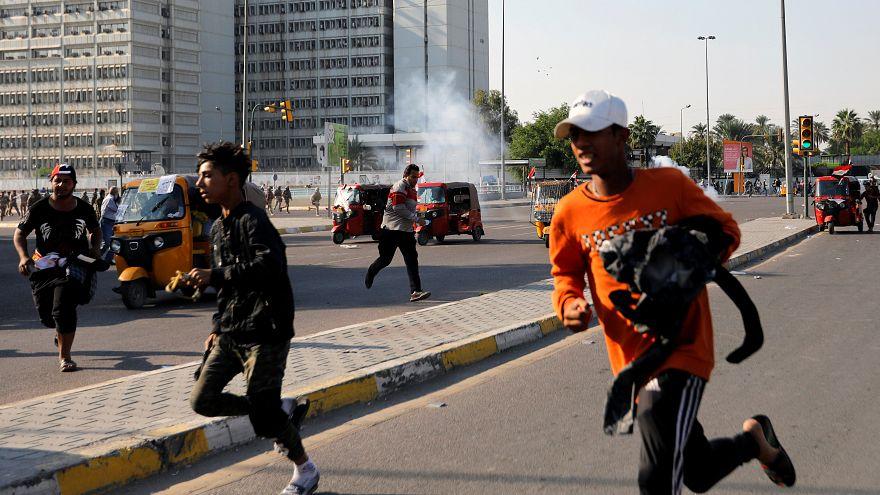 ویدیوی تکاندهنده از تیراندازی مستقیم پلیس به معترضان در بغداد