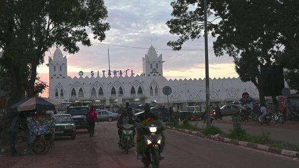 مقتل 37 عاملاً في هجوم على موكب شركة كندية في بوركينا فاسو