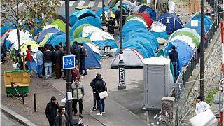 پلیس فرانسه عملیات گسترده تخلیه پناهجویان در حاشیه پاریس را آغاز کرد