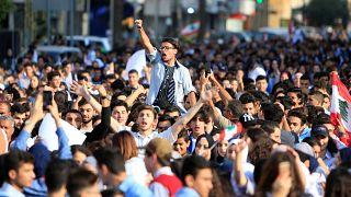طلاب لبنان يواصلون احتجاجاتهم في مناطق عدة في إطار الحراك الشعبي