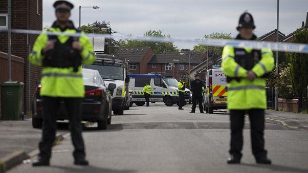 پانزده نفر دیگر در کامیونی در بریتانیا پیدا شدند