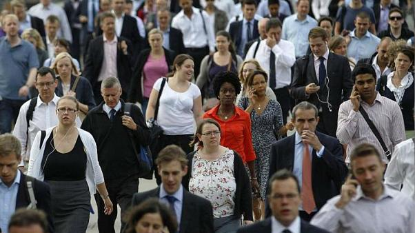 Rapor: Avrupa Birliği'nde mutlu insanların sayısı artıyor
