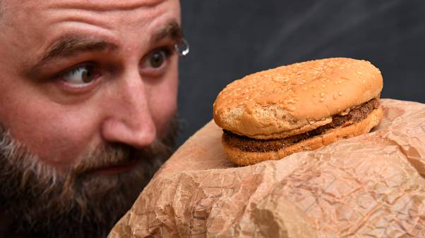 Casey Dean ve 24 yıllık hamburgeri