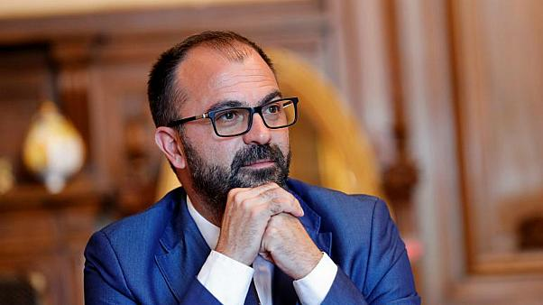 وزير التعليم الإيطالي لورنزو فيورامونتي