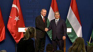 Erdoğan a Budapest, grande è l'ambizione sotto al cielo