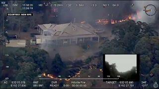 """شاهد: تصوير جوي لحرائق """"هيل فيل"""" المخيفة في أستراليا"""
