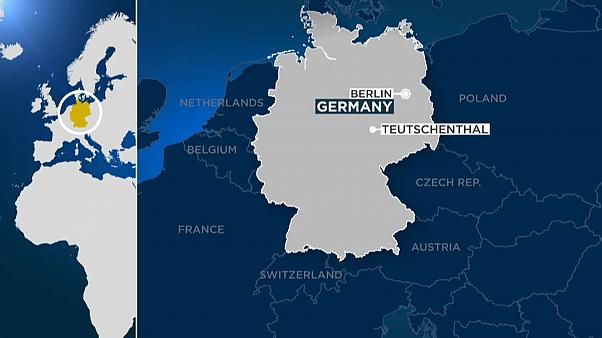 Шахтеры, заблокированные после взрыва в немецком Тойчентале, спасены - полиция