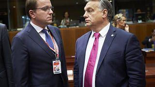 Orbán Viktor Várhelyi Olivérrel