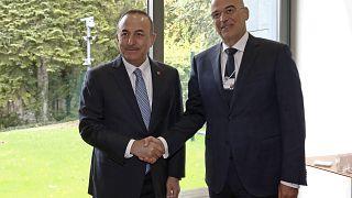 Διμερή και περιφερειακά ζητήματα στη συνάντηση Δένδια-Τσαβούσογλου