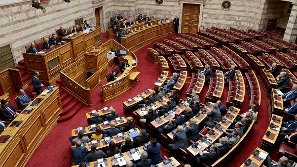 Στα κόμματα το σχέδιο νόμου για την ψήφο των Ελλήνων του εξωτερικού
