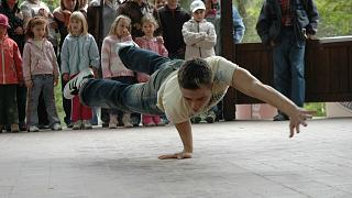 Arts play major role in health and well-being, WHO says in new report