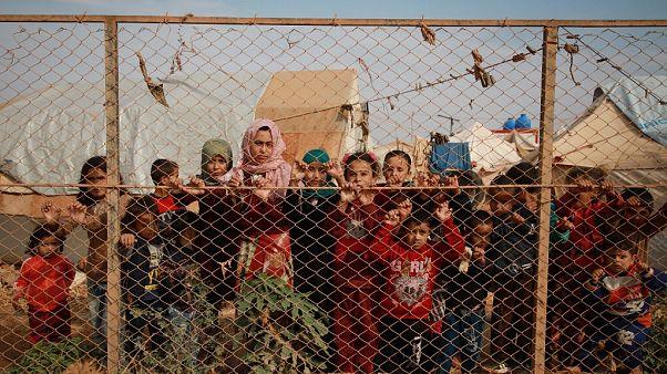 Suriyeli 390 bin mülteci ülkesine geri döndü: Lübnan'da bir yıllık 'gönüllü geri dönüş' kampanyası