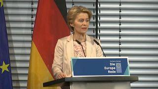Megvédte a NATO-t Ursula von der Leyen
