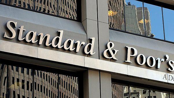 S&P: Αναβάθμιση του αξιόχρεου ελληνικών τραπεζών