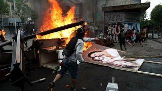جانب من أعمال الشغب في سانتياغو