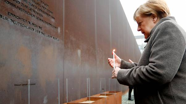 شاهد: مراسم إحياء ذكرى مرور 30 عاماً على سقوط جدار برلين