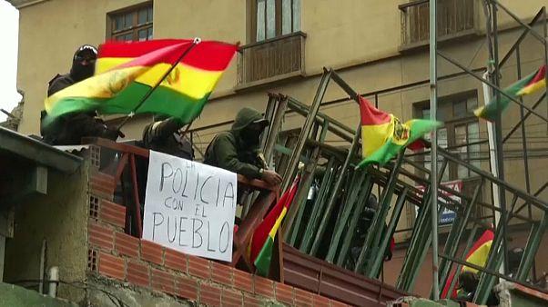 Evo Morales cede a pressão e convoca eleições