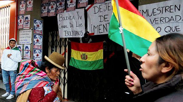 مخالفان مورالس ساختمان دو رسانه دولتی را در بولیوی تصرف کردند