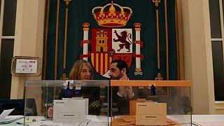 Mesa de voto em Madrid