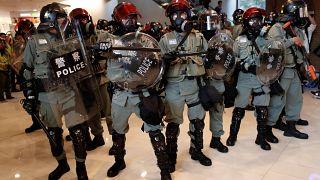 درگیری معترضان و پلیس هنگ کنگ در بیست و چهارمین آخر هفته اعتراضهای ضد دولتی