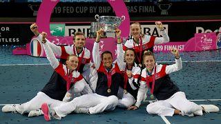 A francia válogatott győzelmét ünnepli