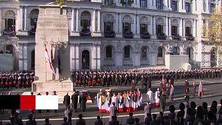 Egykori kormányfők és jövőbeli uralkodók emlékeztek az elesett brit katonákra Londonban