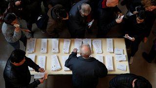 Spanyol választás: szocialista győzelem, szélsőjobboldali előretörés