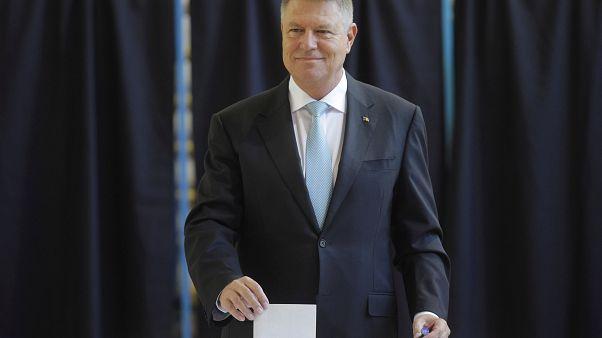 Romania, presidenziali: in testa Iohannis, ballottaggio con Dancila