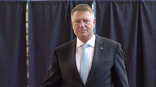 Клаус Йоханнис лидирует на президентских выборах в Румынии