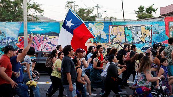 Un hombre abre fuego contra manifestantes en Chile