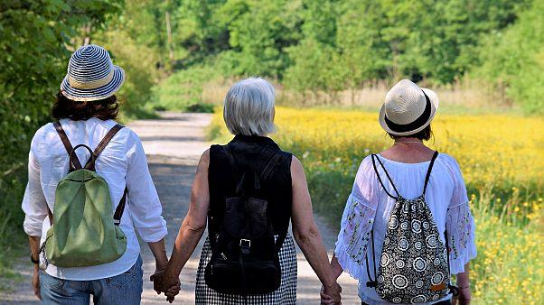 Έρευνα: Η πρόωρη εμμηνόπαυση αυξάνει τον κίνδυνο εμφάνισης καρδιακών ασθενειών