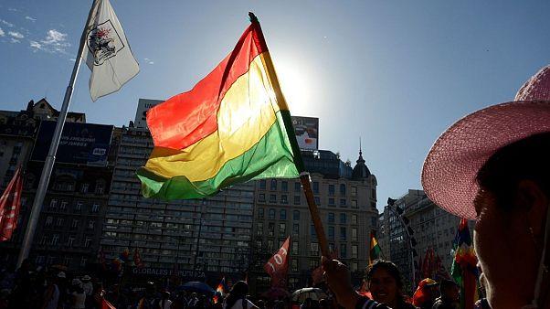 استعفای خودخواسته یا کودتا علیه مورالس؟ واکنشها به سقوط دولت در بولیوی
