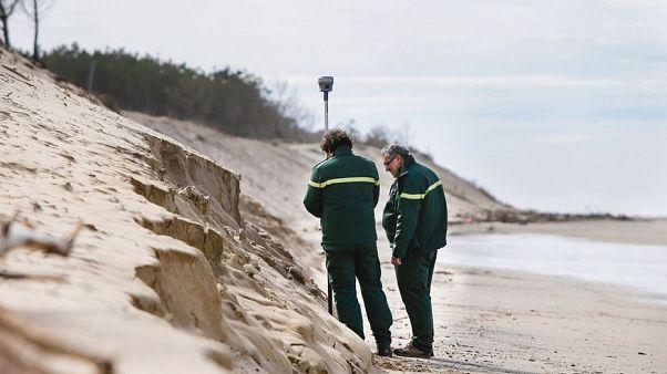 Fransa'nın Atlantik kıyısında 60 milyon euro değerinde 763 kilo saf kokain bulundu