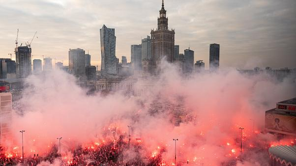 Polish far-right groups march in Warsaw on independence anniversary