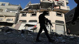 مليون إسرائيلي في الملاجئ بعد إطلاق 50 صاروخا فلسطينيا ردا على اغتيال قيادي في الجهاد الإسلامي