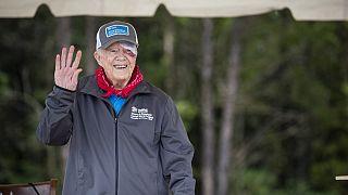 Jimmy Carter internado devido a hemorragia cerebral